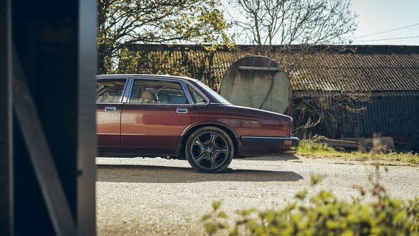 1989 Jaguar XJ40 project cars with Lister modifications For Sale (picture 8 of 153)