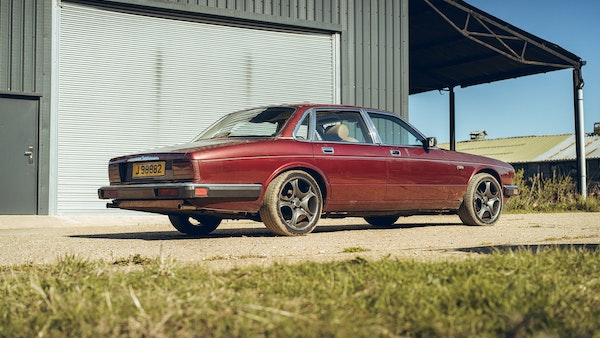1989 Jaguar XJ40 project cars with Lister modifications For Sale (picture 13 of 153)