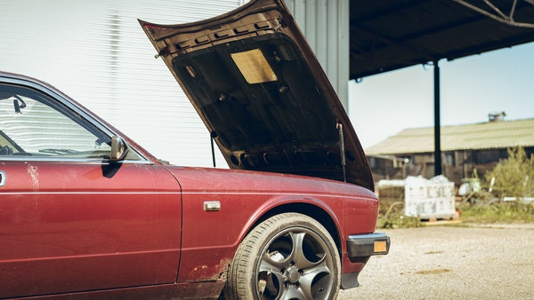 1989 Jaguar XJ40 project cars with Lister modifications For Sale (picture 74 of 153)