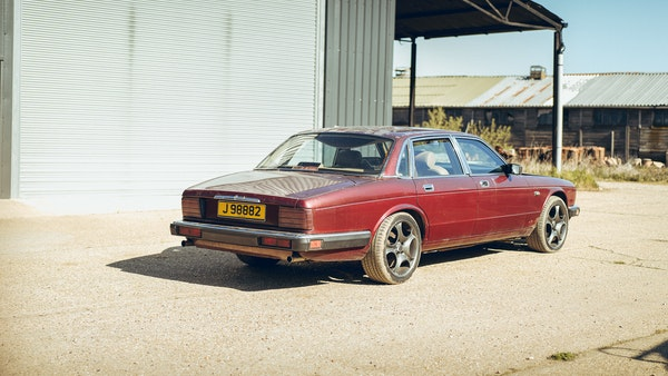 1989 Jaguar XJ40 project cars with Lister modifications For Sale (picture 12 of 153)