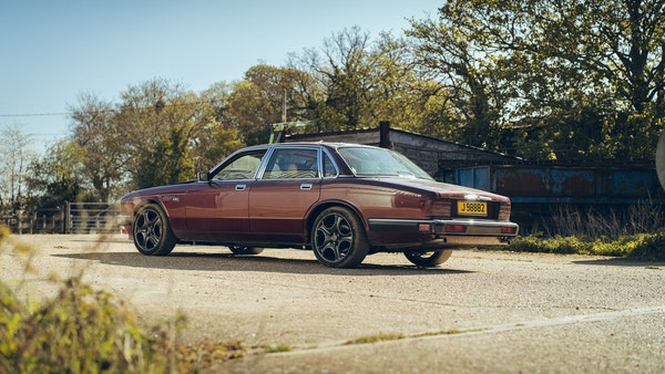 1989 Jaguar XJ40 project cars with Lister modifications For Sale (picture 9 of 153)
