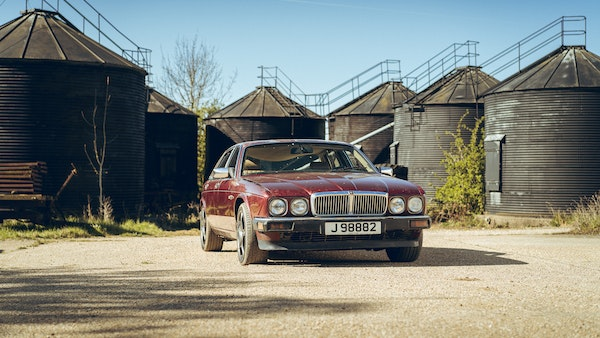 1989 Jaguar XJ40 project cars with Lister modifications For Sale (picture 4 of 153)