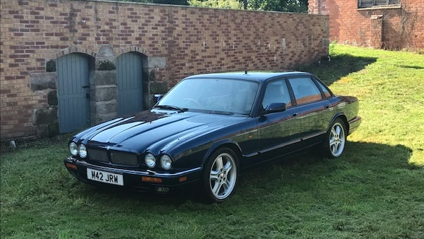 1995 Jaguar XJR For Sale (picture 19 of 88)