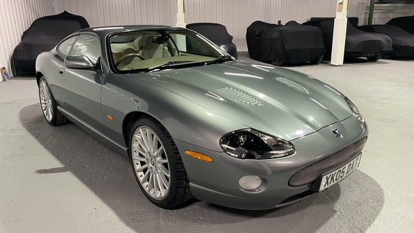 2005 Jaguar XKR Supercharged For Sale (picture 4 of 215)
