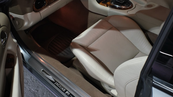 2005 Jaguar XKR Supercharged For Sale (picture 117 of 215)