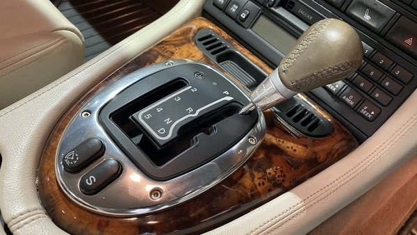 2005 Jaguar XKR Supercharged For Sale (picture 72 of 215)