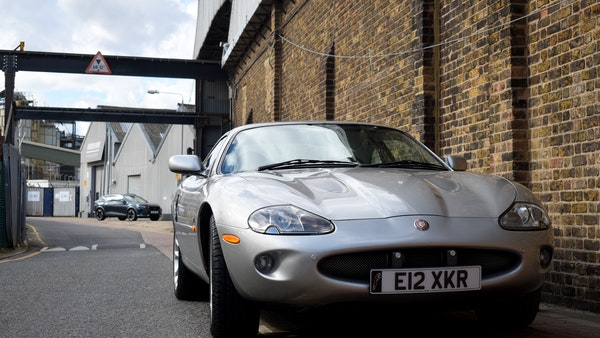1998 Jaguar XKR For Sale (picture 8 of 156)