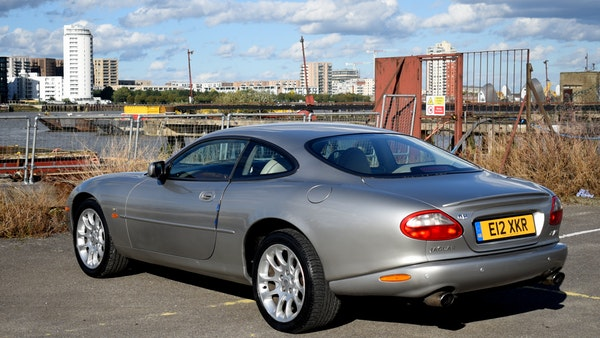 1998 Jaguar XKR For Sale (picture 19 of 156)