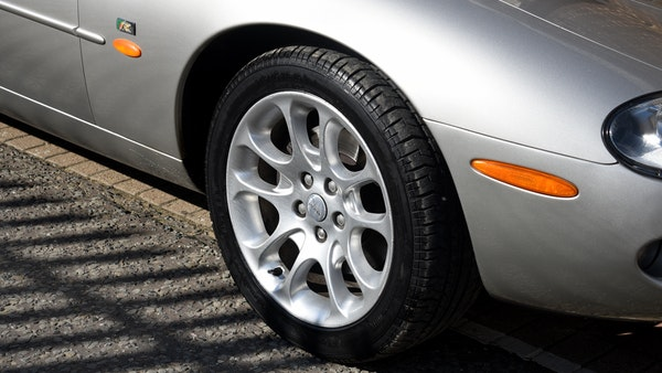 1998 Jaguar XKR For Sale (picture 21 of 156)