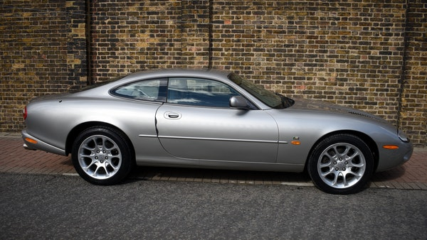 1998 Jaguar XKR For Sale (picture 11 of 156)