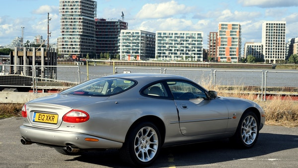 1998 Jaguar XKR For Sale (picture 16 of 156)