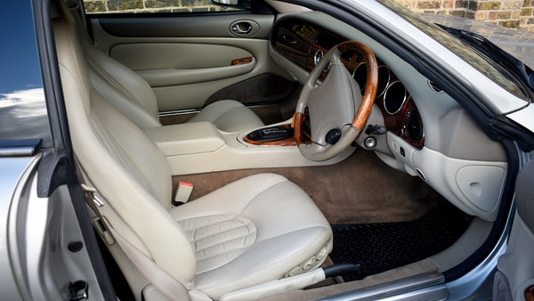 1998 Jaguar XKR For Sale (picture 50 of 156)