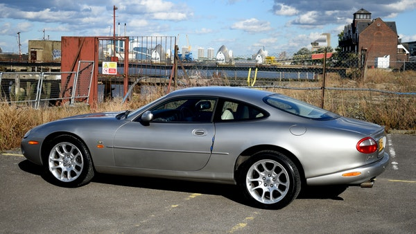1998 Jaguar XKR For Sale (picture 18 of 156)