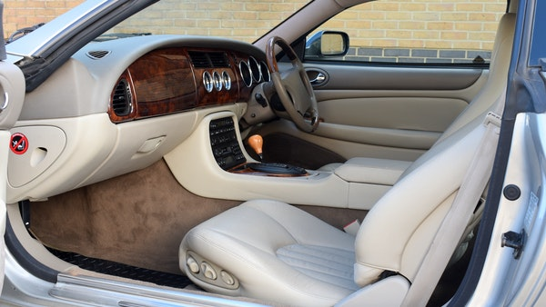 1998 Jaguar XKR For Sale (picture 38 of 156)