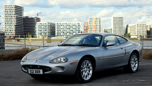 1998 Jaguar XKR For Sale (picture 5 of 156)