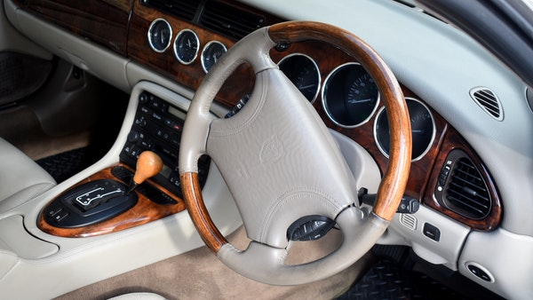 1998 Jaguar XKR For Sale (picture 48 of 156)