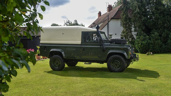 1998 Land Rover Defender 110 Utility Wolf For Sale (picture 9 of 103)