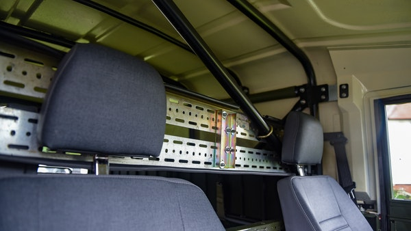 1998 Land Rover Defender 110 Utility Wolf For Sale (picture 48 of 103)