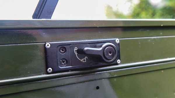 1998 Land Rover Defender 110 Utility Wolf For Sale (picture 35 of 103)
