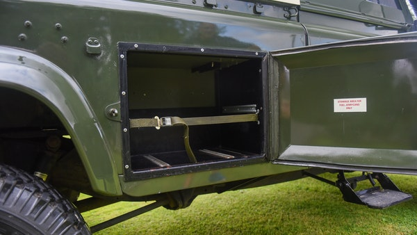 1998 Land Rover Defender 110 Utility Wolf For Sale (picture 58 of 103)