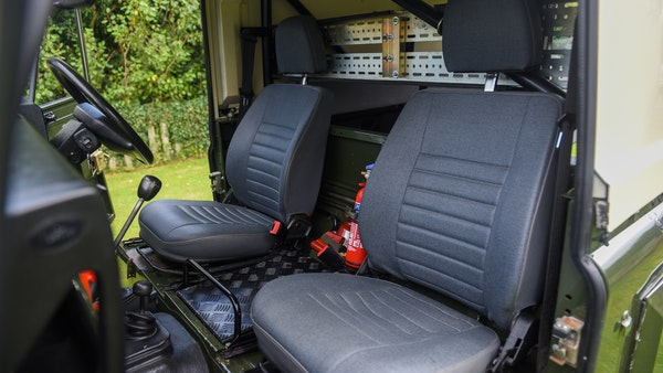 1998 Land Rover Defender 110 Utility Wolf For Sale (picture 23 of 103)
