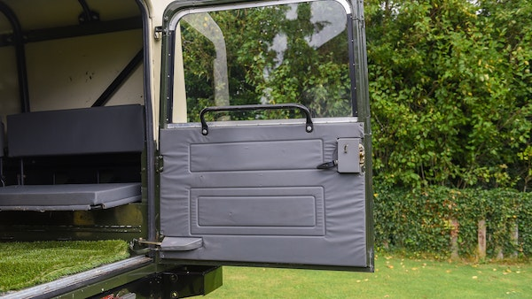 1998 Land Rover Defender 110 Utility Wolf For Sale (picture 28 of 103)