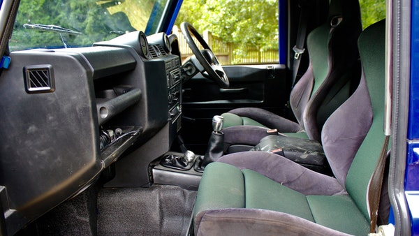 1999 Land Rover Defender 90 TD5 For Sale (picture 32 of 97)