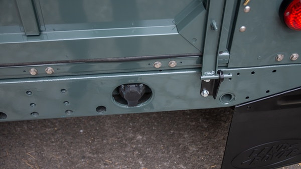 1999 Land Rover Defender 90 For Sale (picture 86 of 159)