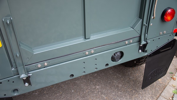 1999 Land Rover Defender 90 For Sale (picture 80 of 159)