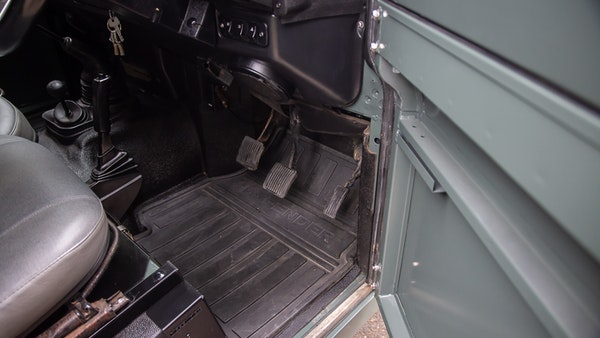 1999 Land Rover Defender 90 For Sale (picture 39 of 159)