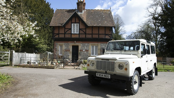1989 Land Rover Defender 110 County V8 For Sale (picture 12 of 137)