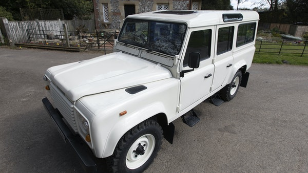 1989 Land Rover Defender 110 County V8 For Sale (picture 8 of 137)