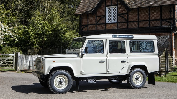 1989 Land Rover Defender 110 County V8 For Sale (picture 16 of 137)