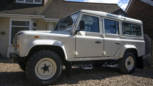 1989 Land Rover Defender 110 County V8 For Sale (picture 5 of 137)