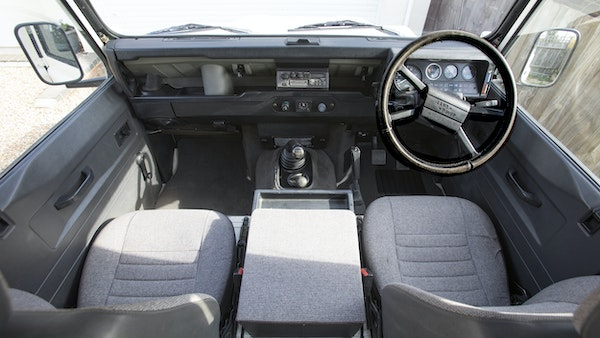 1989 Land Rover Defender 110 County V8 For Sale (picture 27 of 137)