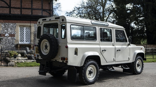 1989 Land Rover Defender 110 County V8 For Sale (picture 9 of 137)