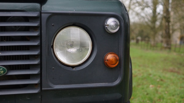NO RESERVE! 1996 Land Rover Defender 110 County For Sale (picture 64 of 141)