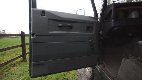 NO RESERVE! 1996 Land Rover Defender 110 County For Sale (picture 43 of 141)