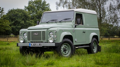 2015 Land Rover Heritage 90