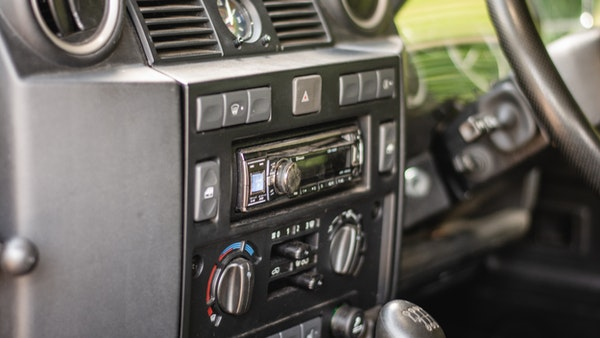 2014 Land Rover Defender 110 XS For Sale (picture 31 of 234)