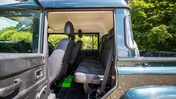 2014 Land Rover Defender 110 XS For Sale (picture 47 of 234)