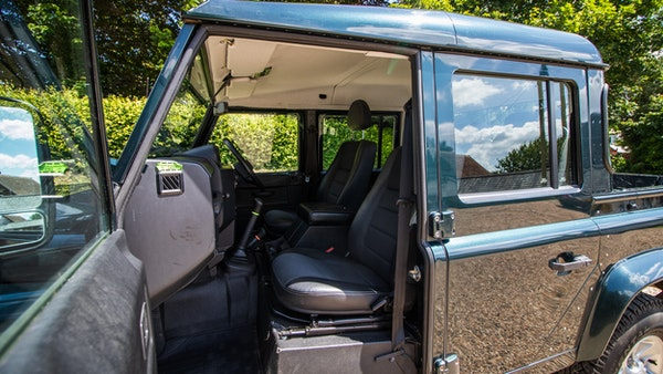 2014 Land Rover Defender 110 XS For Sale (picture 34 of 234)