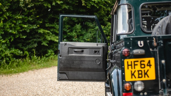 2014 Land Rover Defender 110 XS For Sale (picture 75 of 234)