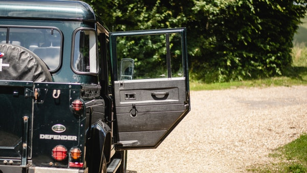 2014 Land Rover Defender 110 XS For Sale (picture 78 of 234)