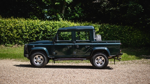 2014 Land Rover Defender 110 XS For Sale (picture 3 of 234)