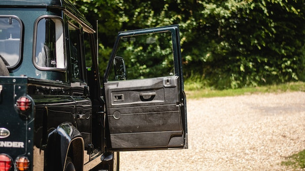 2014 Land Rover Defender 110 XS For Sale (picture 76 of 234)