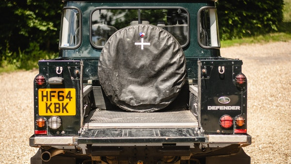 2014 Land Rover Defender 110 XS For Sale (picture 15 of 234)