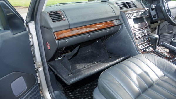 RESERVE LOWERED - 2000 P38 Range Rover 4.6 HSE For Sale (picture 22 of 129)