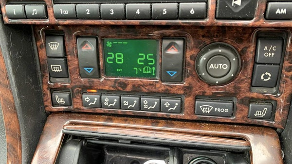 2000 P38 Range Rover 4.6 HSE For Sale (picture 32 of 129)