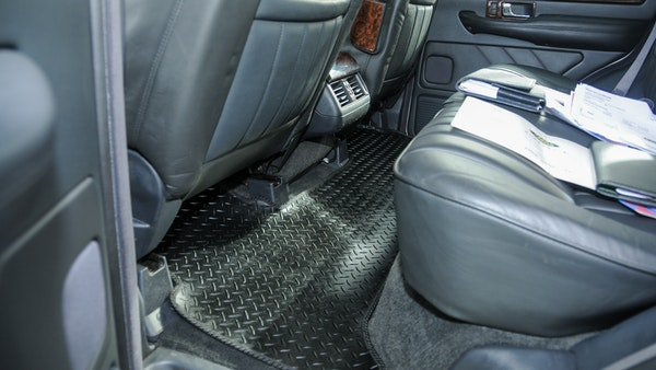 RESERVE LOWERED - 2000 P38 Range Rover 4.6 HSE For Sale (picture 61 of 129)